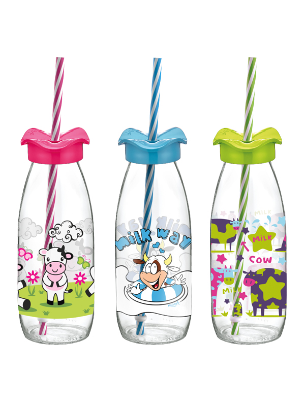 Fırfır Decorated Milk Bottle With Straw